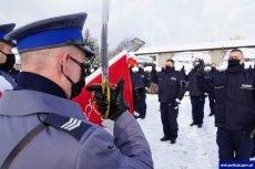 80 NOWYCH POLICJANTÓW ZASILIŁO SZEREGI POLICJI NA WARMII I MAZURACH