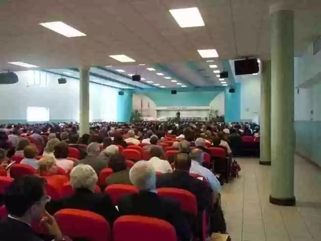 foto sala congressi interna