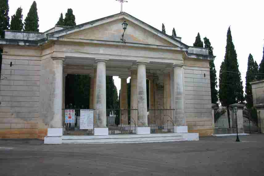 cimitero ostuni