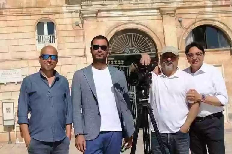La troupe di Geo e l'assessore Vittorio Carparelli