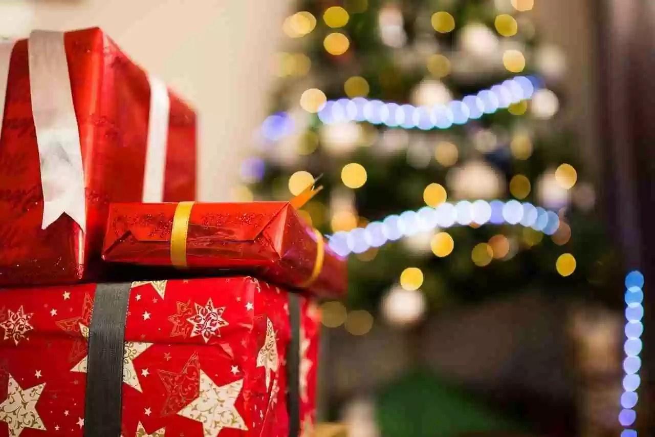 Come evitare i rischi durante lo shopping natalizio online