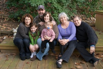 Warren Weinstein (far right) with his family.  (Photo provided by BringWarrenHome.com)