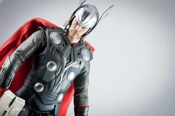 Review   Hot Toys: Thor (41)