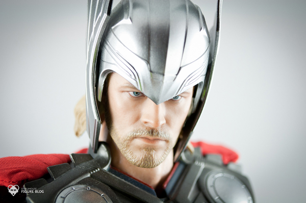 Review | Hot Toys: Thor (3)