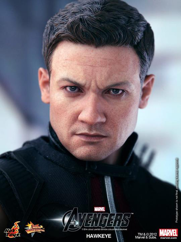 Preview | Hot Toys: Avengers Hawkeye (5)