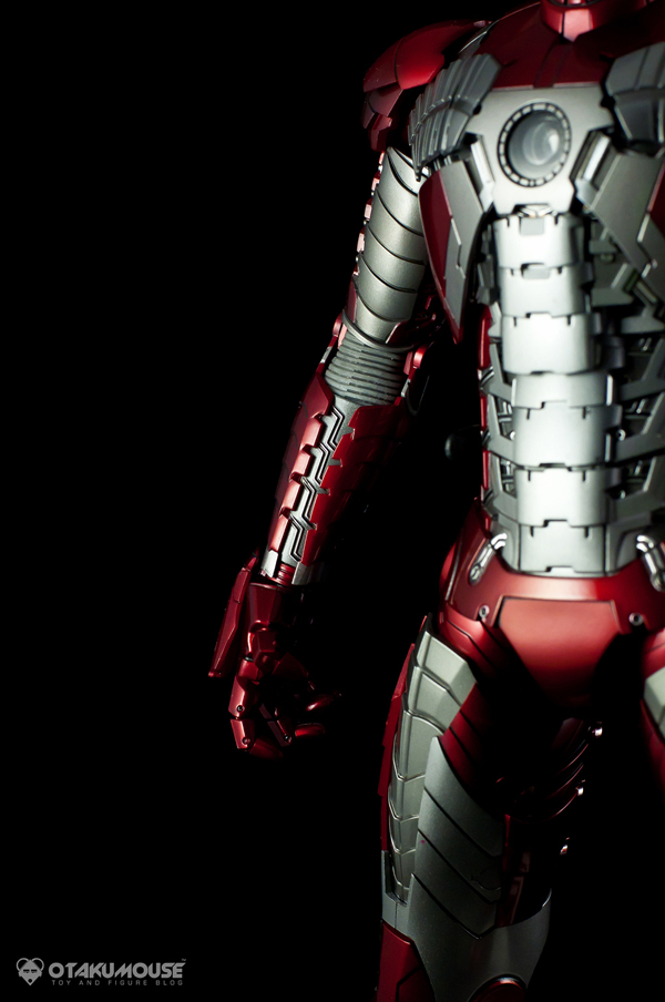 Review | Hot Toys: Ironman Mark V (48)