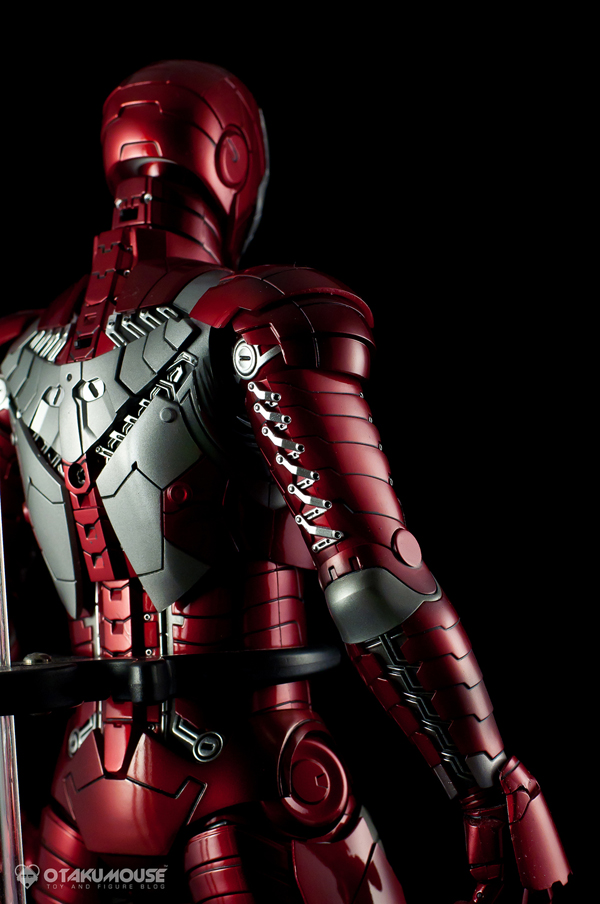 Review | Hot Toys: Ironman Mark V (41)