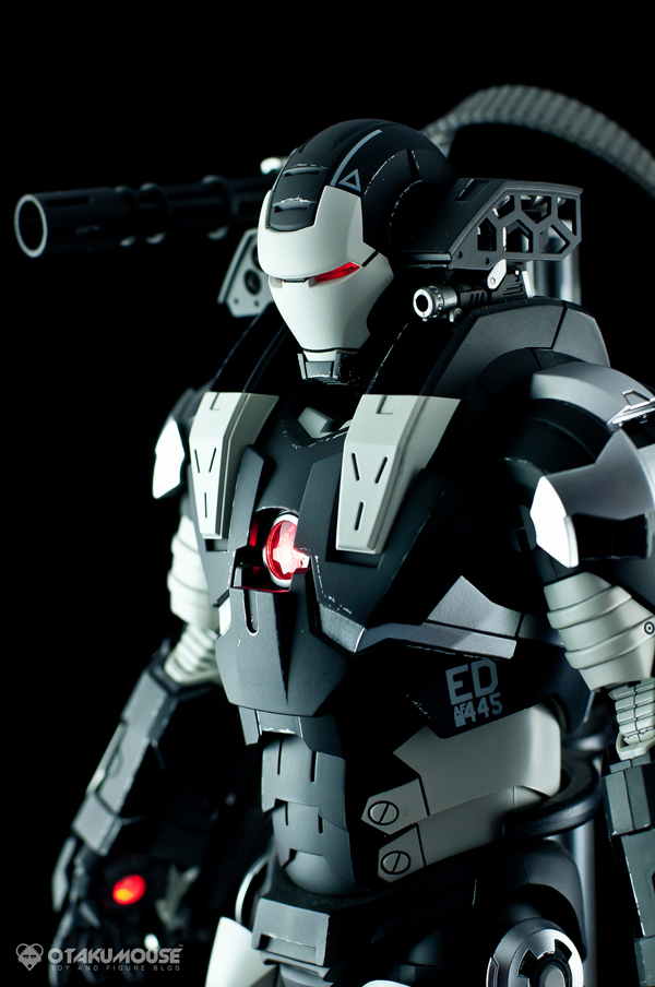 Review | Hot Toys: Warmachine (Special Version) (31)