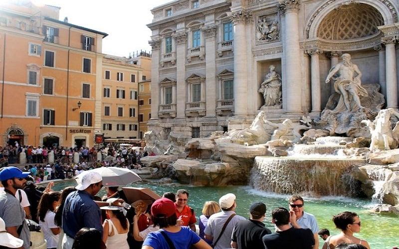Шест от най-красивите фонтани в Рим