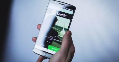 Spotify nabízí přes svátky slevu na předplatné