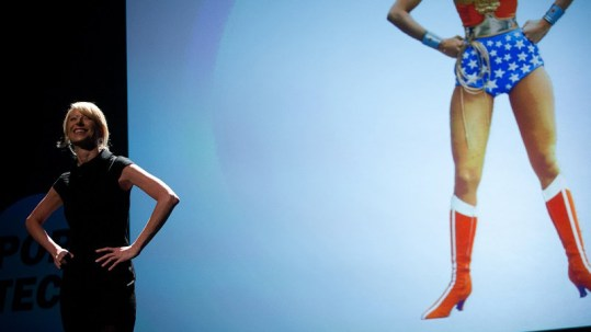 Amy-Cuddy_power-pose_posture-pouvoir-domination