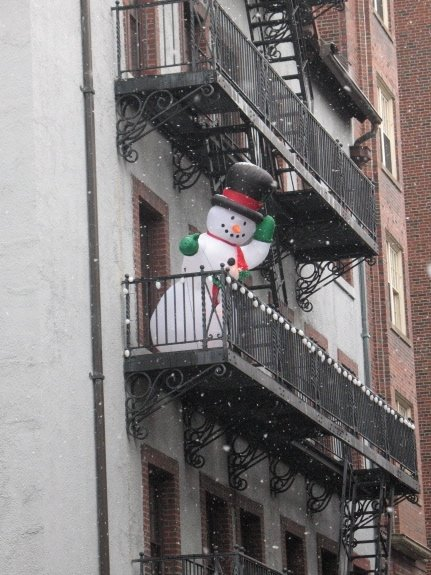 Snowman on the Balcony welcomes you to the Flat!