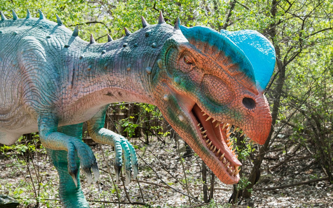 Dinosaurs invade Chicagoland this spring and summer 2017