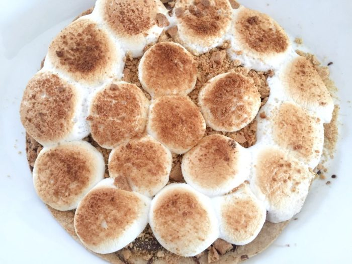 A review of Once Again Organic Amore Almond Spread plus a delicious S'mores pizza recipe.