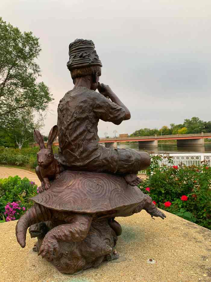 Here are tips to enjoy Mt. St. Mary Sculpture Park in St. Charles. The paved loop showcases sculptures and has a playground and skate park.