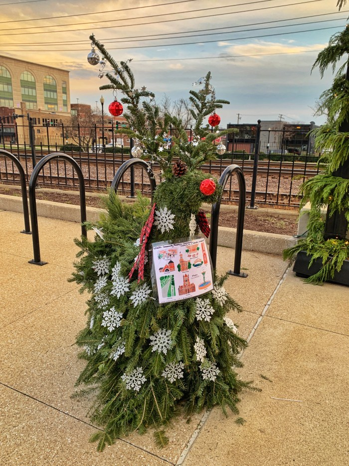 Check out all the holiday happenings in Downtown Wheaton. Find painted windows, festively decorated reindeer, holiday lights, and more!