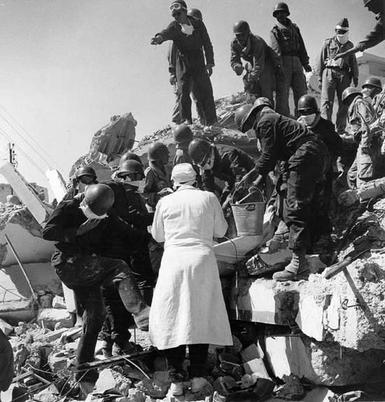 ιστορική αναδρομή σεισμών (6)