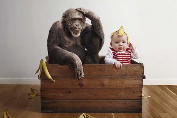 Φωτογράφος κάνει το βρέφος κοριτσάκι του να ποζάρει σε απίστευτες καταστάσεις (8)