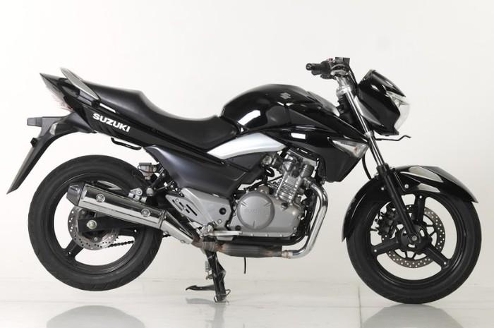 Harga Motor Touring Bekas Suzuki Inazuma Rp 30 jutaan