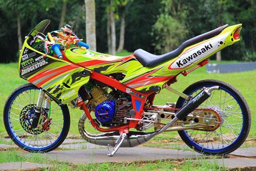 Modifikasi Kawasaki Ninja RR Thailook