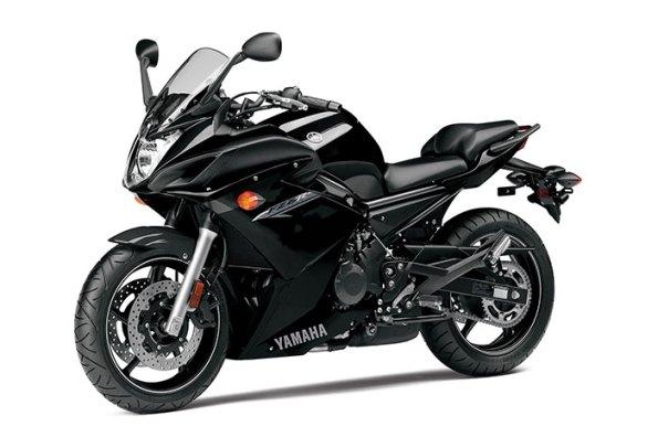 2014-Yamaha-FZ6Rb