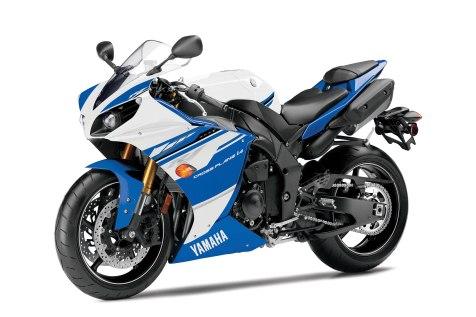 2014-Yamaha-YZFR1e