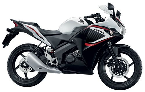 Honda CBR150R 2014 terbaru (2)