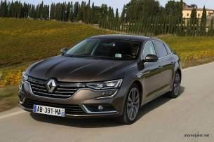 2016-Renault-Talisman-scene-26