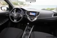2017-Suzuki-Baleno-interior