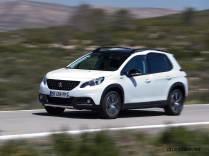 2017-Peugeot-2008-dynamic_029