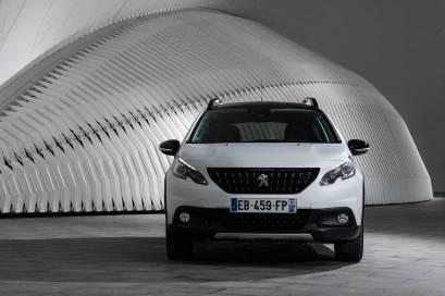 2017-Peugeot-2008_042