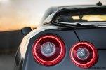 2017-Nissan-GT-R_007