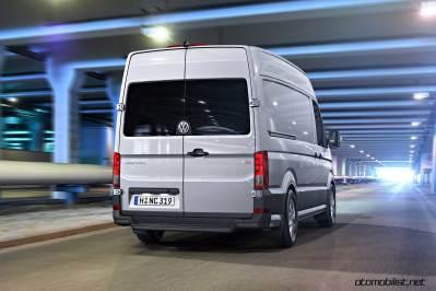 2017-volkswagen-crafter-van-dynamic-rear