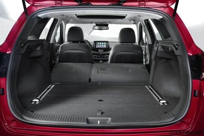 yeni Hyundai 2018 i30 Tourer SW tam yatar koltuklar