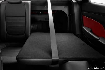 2018 Hyundai Accent bagaj yatabilen koltuk