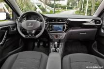 2017 Peugeot 301 Konsol