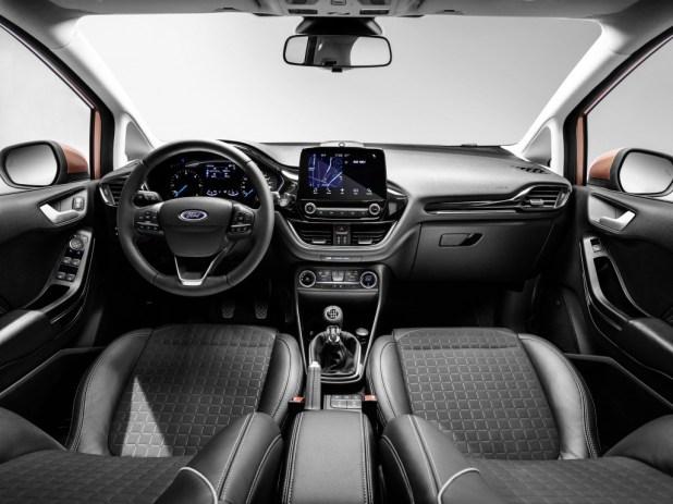 1480930039_2017_Yeni_Ford_Fiesta_i___mekan