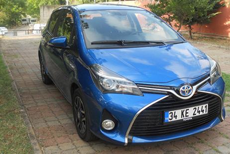 Toyota Yaris Hybrid 1.5 Multidrive S Spirit Testi