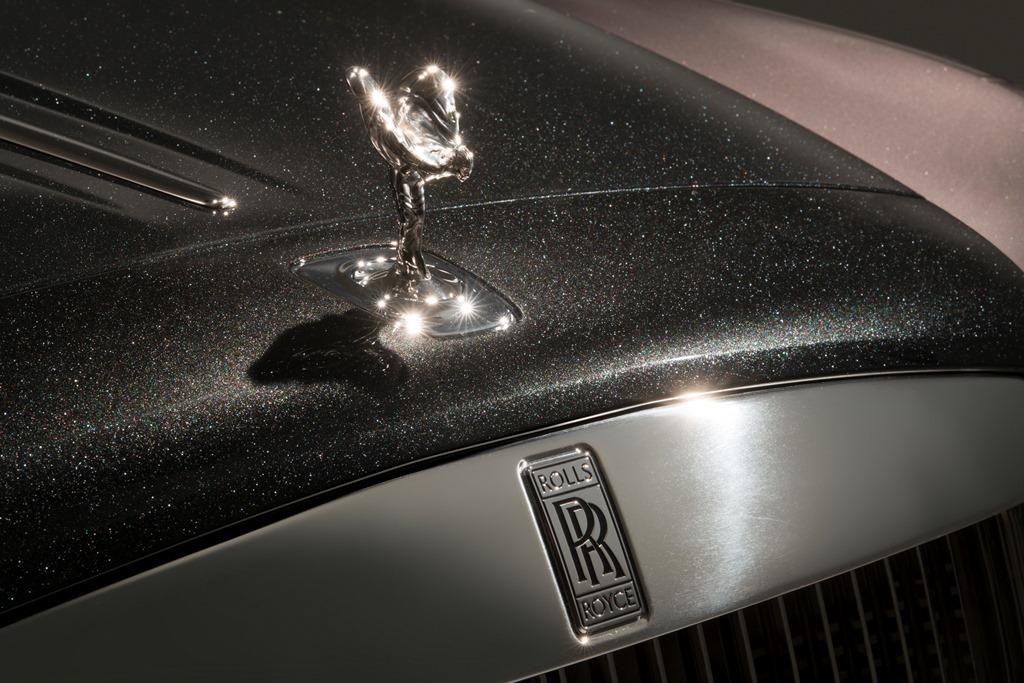İlk Elmas Kaplamalı Boya Rolls Royce Elegance'da
