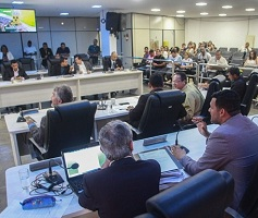 Vereadores aprovam Lei do Orçamento, Diretor Legislativo e Auxílio-transporte de servidores