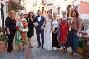 Con gli abiti tradizionali di Guardia Piemontese