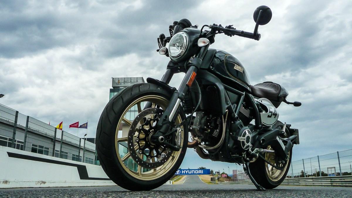 Prueba Ducati Scrambler Cafe Racer, auténtico espresso