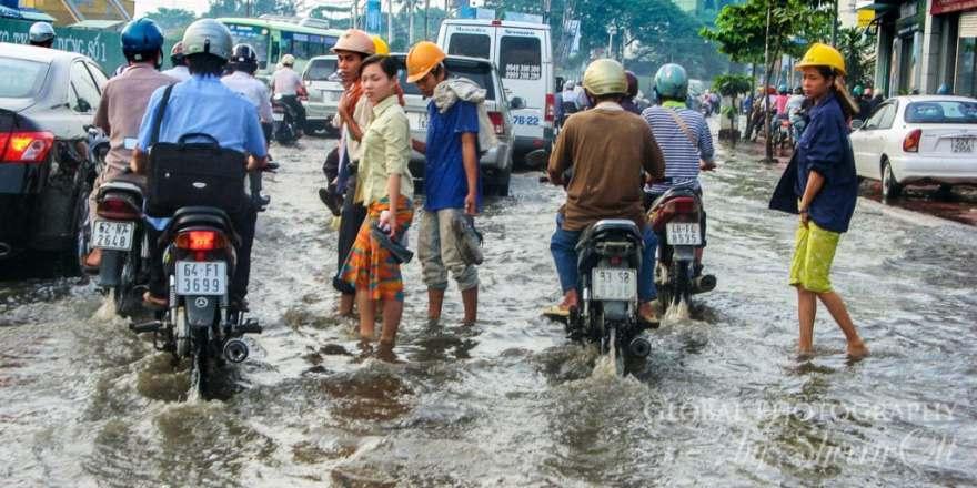 flooded streets vietnam