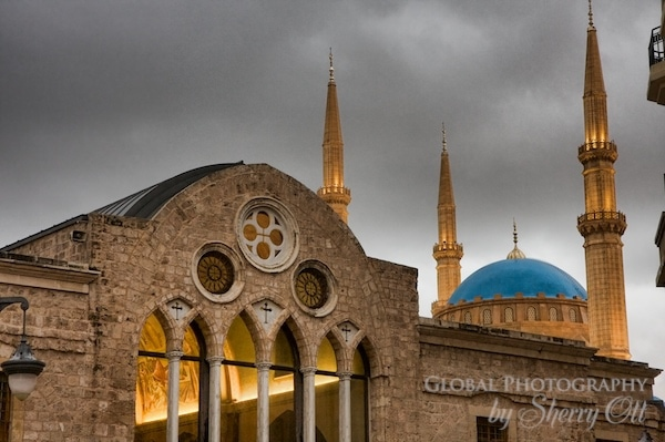 religion contrast lebanon