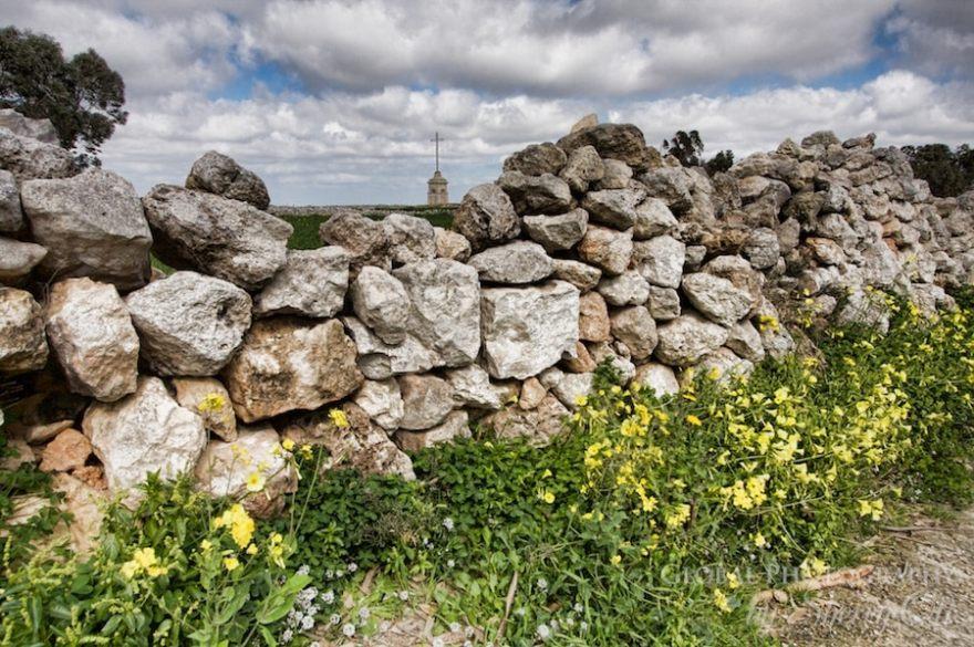 ston wall malta