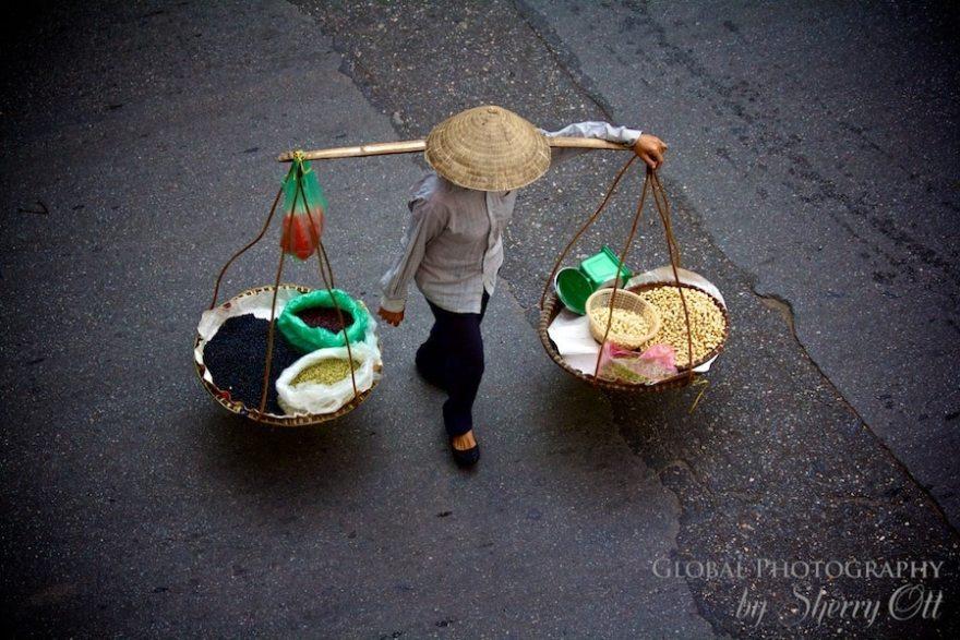Hanoi Street vendor