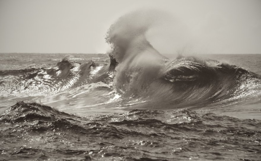 photographing waves