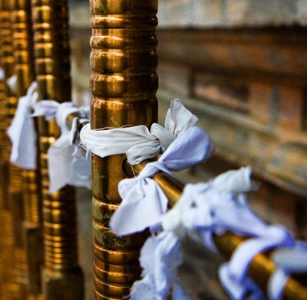Sri lanka temple luck