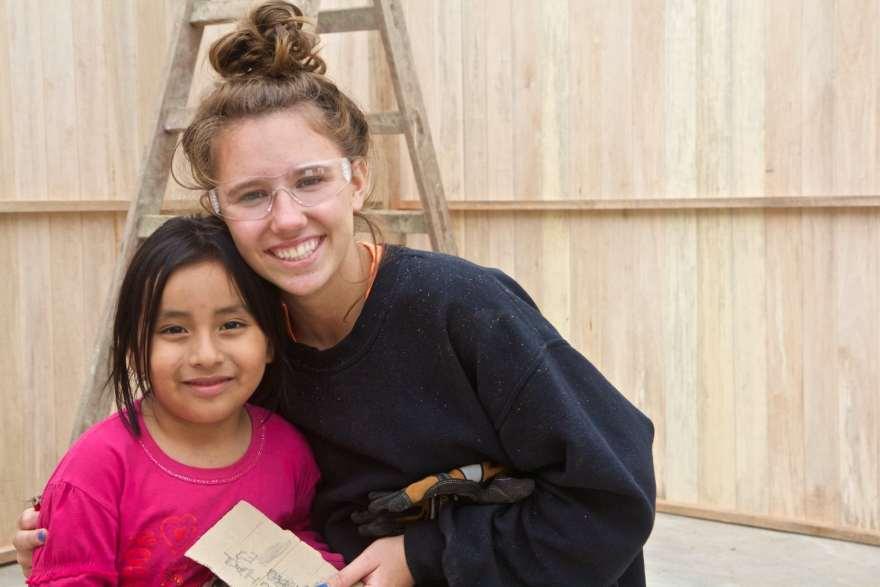 volunteering building homes lima peru