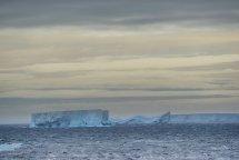 iceberg images antarctica cape adare